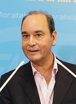 (Fernando Martínez Vidal) PP Moratalaz 9 (3944781800) (cropped).jpg