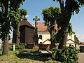 Řepníky, dřevěná zvonice na hřbitově u kostela sv.Vavřince.jpg