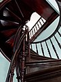 Марьино Дворец Интерьер Винтовая лестница (фото 5) Рыльский район 2019.jpg