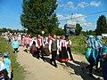 Праздник миноги в Царникаве. Шествие в национальных костюмах.jpg