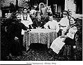 Родина Таранущенків. Лебедин, 1910.jpg