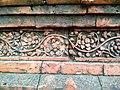 বাঘা মসজিদের দেয়ালে পোড়া মাটির ফলক (১২).jpg