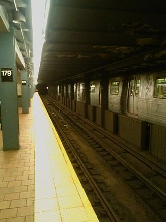 Jamaica–179th Street (IND Queens Boulevard Line) - A R46 F train, seen from the termination platform
