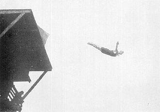 Diving at the 1912 Summer Olympics – Men's 10 metre platform - Erik Adlerz on the way to the gold medal.