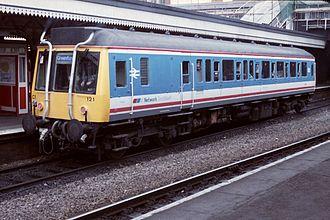 Silverlink - Image: 19880827 Paddington Class 121