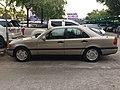 1994-1995 Mercedes-Benz C200 (W202) Sedan (15-11-2017) 04.jpg