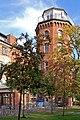 2008 Stralsund - Altstadt (37) - ehem. Navigationsschule - Turm des Observatoriums - Heute eine Klinik (14733158169).jpg