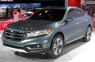 http://upload.wikimedia.org/wikipedia/commons/thumb/2/2d/2013_Honda_Crosstour_concept_--_2012_NYIAS.JPG/320px-2013_Honda_Crosstour_concept_--_2012_NYIAS.JPG