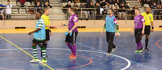 2015-02-28 17-35-41 futsal.jpg