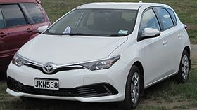 2015 Toyota Corolla (E180; New Zealand).jpg
