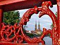 2448 widok na Ostrów Tumski z wieżami katedry z mostu Piaskowego. Foto B.Maliszewska.jpg