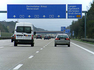 Autobahn - An autobahn with 4 lanes in each direction of travel for 21 kilometers