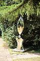 A garden feature Gibberd Garden Essex England 01.JPG