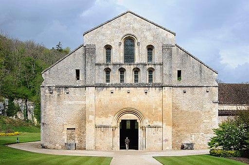 Abbaye Fontenay eglise facade