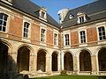Abbaye de Saint-Michel en Thiérache - Cloître 888.JPG