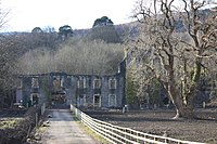 Aberpergwm House, Glynneath, West Glamorgan, 6 March 2010.jpg