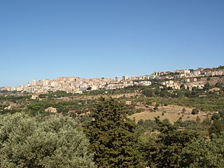 Agrigento seen from Temple of Hera AvL.JPG