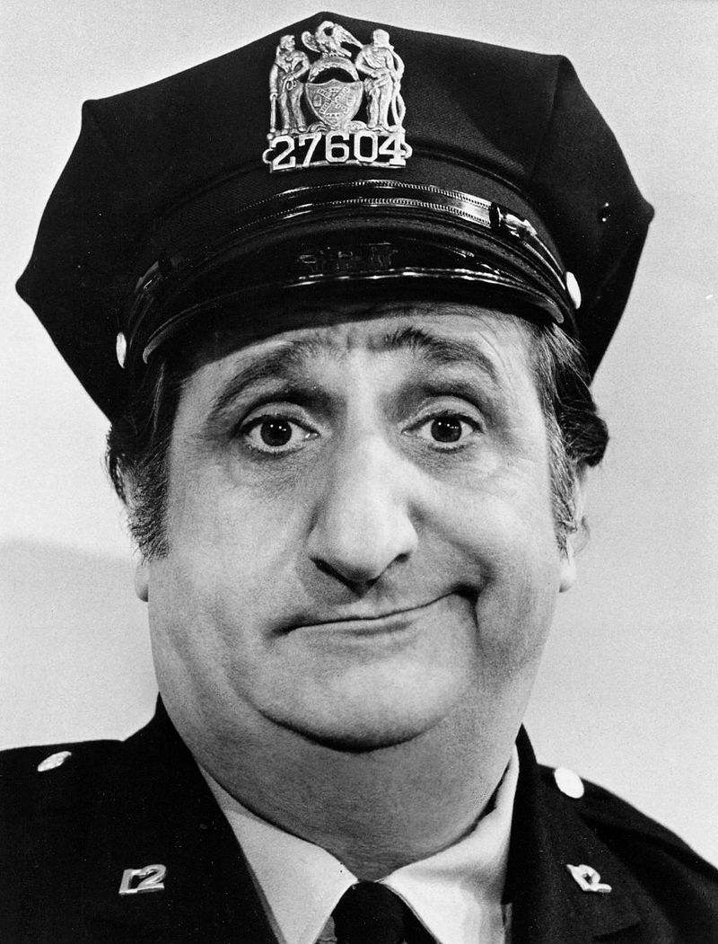 Al Molinaro Murray the cop Odd Couple 1974.JPG