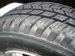 All Season Tires >> オールテレーンタイヤ - Wikipedia