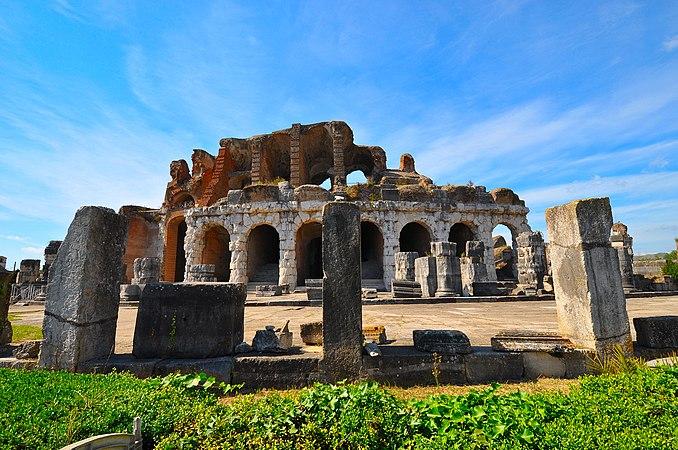 Anfiteatro romano 1.jpg