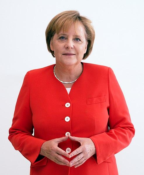 Datei:Angela Merkel Juli 2010 - 3zu4.jpg