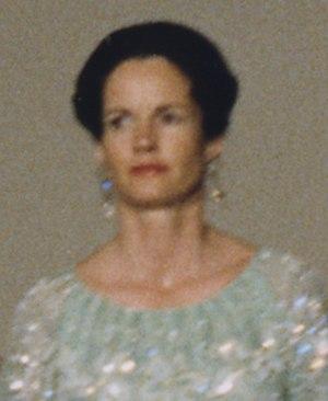 Anne-Aymone Giscard d'Estaing - Image: Anne Aymone Giscard d'Estaing portrait