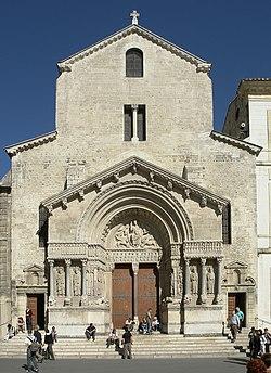 Arles kirche st trophime fassade.jpg