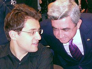 Chess Federation of Armenia - Chess Federation President Serzh Sargsyan with Armenia's chess team leader Levon Aronian at the 38th Chess Olympiad in 2008
