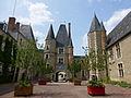 Aubigny-sur-Nère-Château (1).jpg