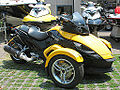 BRP Can-Am Spyder 990 2010 (15385790393).jpg