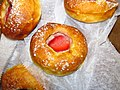 B patisserie Sugar Brioche Tart with Strawberry (31502973376).jpg