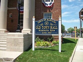 Babylon, New York - Town of Babylon - Old Town Hall (1917)