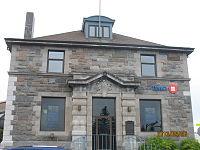 Banque de Montréal à Rivière-du-Loup 02.JPG