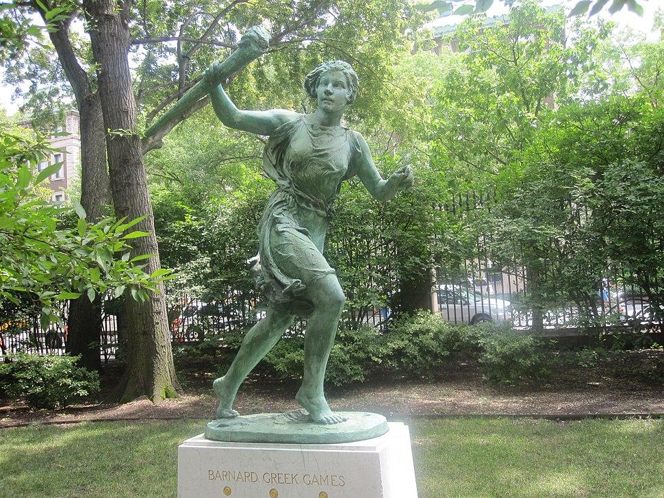 Barnard College Greek Games statue IMG 0972.JPG