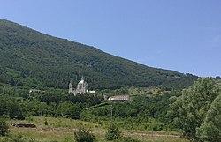 Basilica minore dell'Addolorata (Castelpetroso)01.jpg