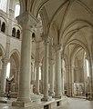 Basilique Sainte-Marie-Madeleine de Vézelay PM 46570.jpg