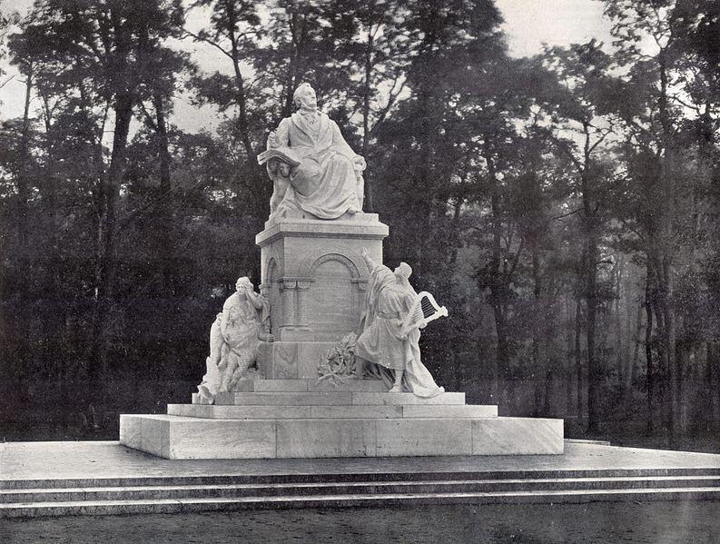 Datei:Berlin Richard Wagner Denkmal 1904.jpg