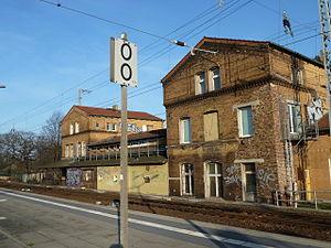 Michendorf–Großbeeren railway - Beginning of the line in Michendorf station