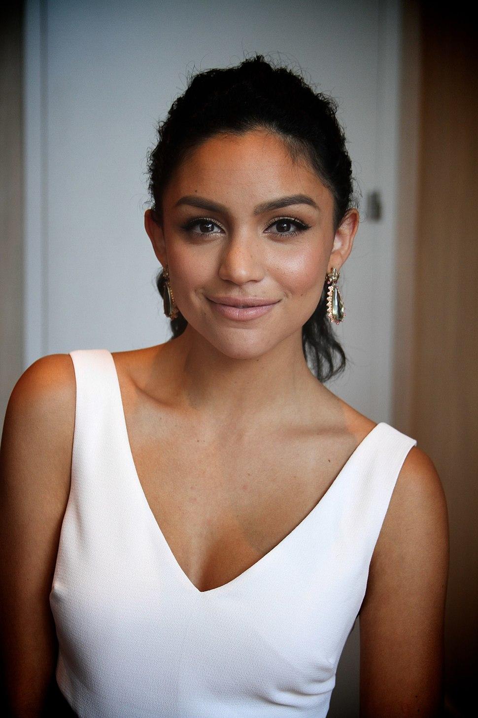 Bianca Santos at 2014 Imagen Awards