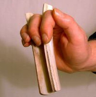 Bones (instrument) - Image: Bones mus