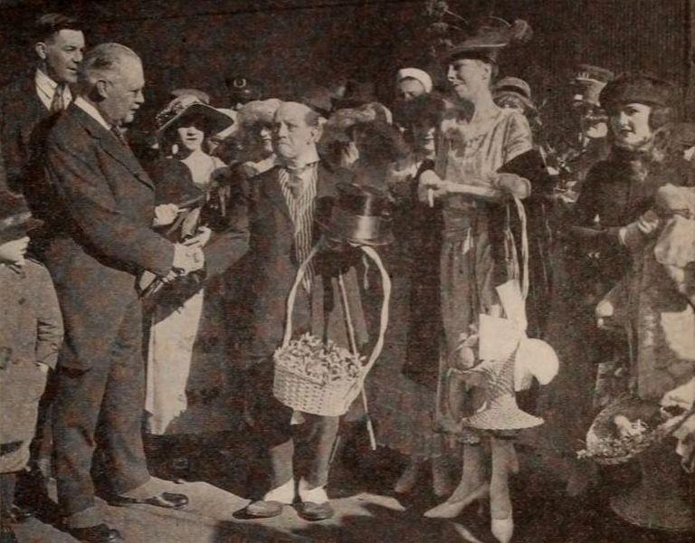 File:Boyle Workman & The Jiggs - Jan 1920 EH.jpg