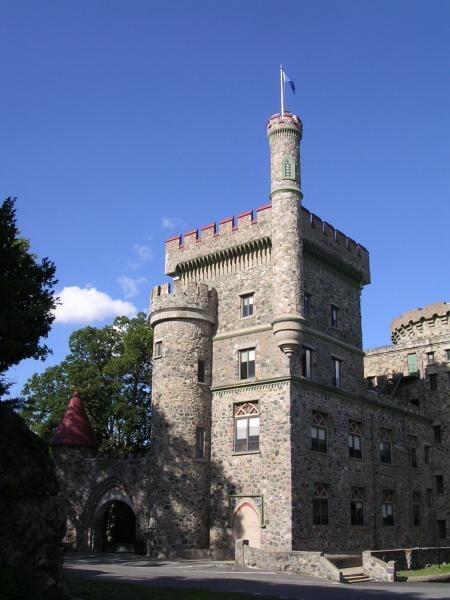 Brandeis-Usen Castle