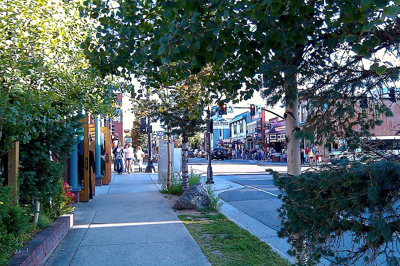 File:Breckenridge Main Street.jpg