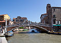Bridge over the Canale di Cannaregio (7227746384).jpg
