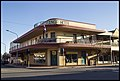 Broken Hill Royal Exchange Hotel early morning (21363443398).jpg