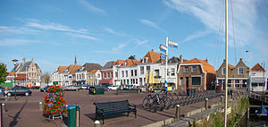 Brouwershaven - plaza on the nearby Brouwersdam Dyke