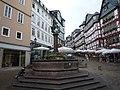 Brunnen am Marktplatz in Marburg - geo.hlipp.de - 39225.jpg