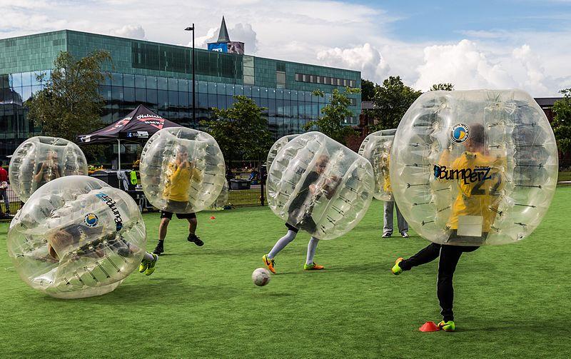 File:Bubble Football 03.jpg