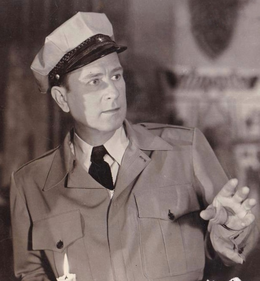 Bud Abbott in a crop from a promotional photograph for Abbott and Costello Meet Frankenstein in 1948.png