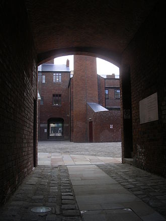 Butchers Wheel - View into the courtyard of Butchers Wheel